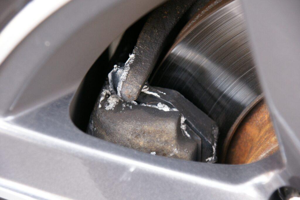 brake-pad-1024x683