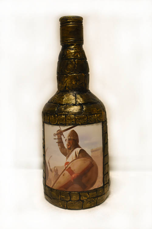 Как украсить бутылку спиртного для мужчины